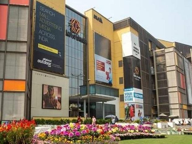 After Gurugram, Park+ ties up with Noida mall for vaccination drive-through